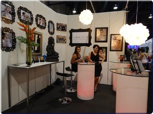 Expo Stands Eyeshadow : Effective booth displays reach the las vegas wedding market
